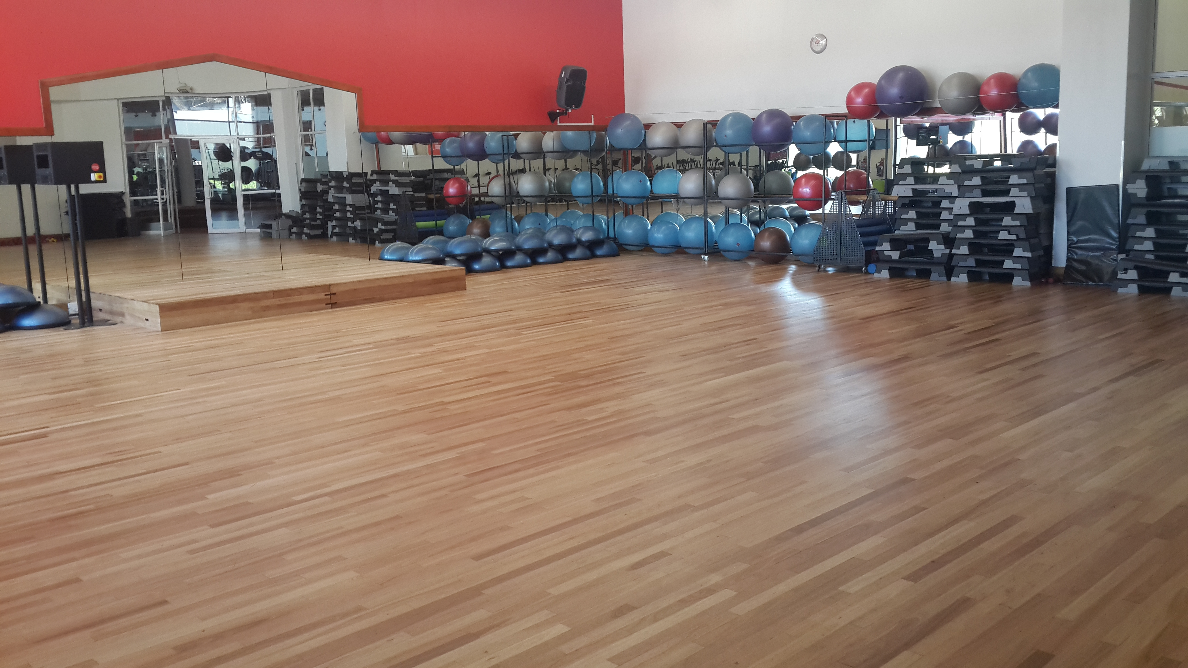 Virgin Active Menlyn - Sprung Saligna  (1)